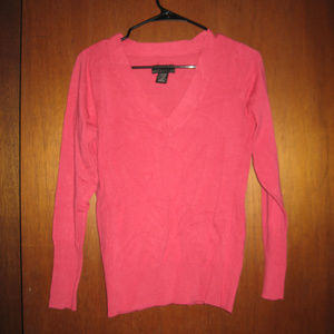 Pink Coral Cable Knit V-neck Sweater NWT M